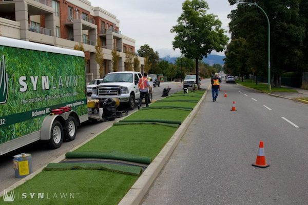 Kelowna adding synthetic grass to medians