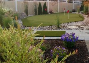 Backyard putting green oasis