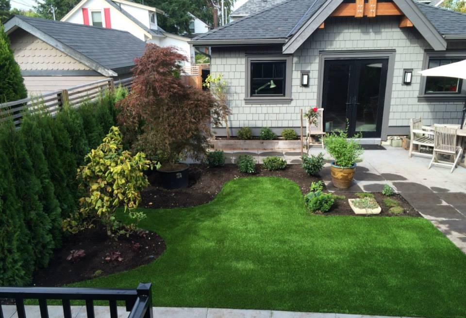 SYNLawn Vancouver with synthetic grass 20th Ave