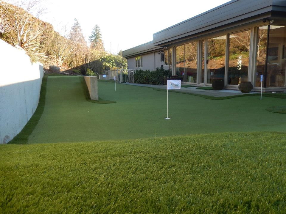 Side slope has created a challenging putting green