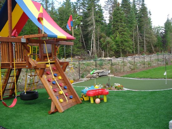 Golf putting green for the adults and play centre for the kids.  Clean, safe and entertaining.