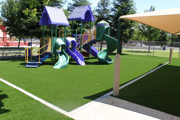 Create a yard the kids choose to stay and play in.